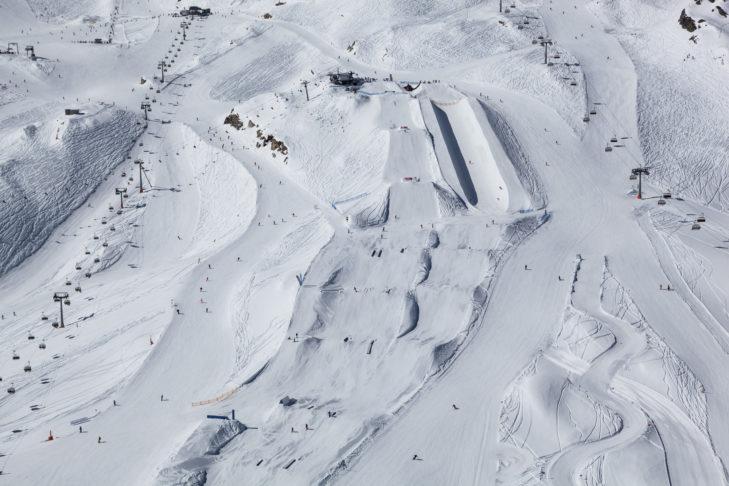 Luftaufnahme vom Snowpark am Kitzsteinhorn.