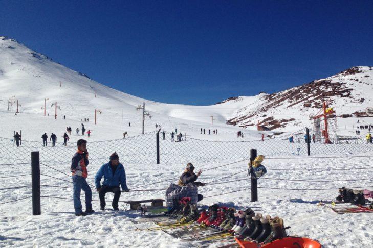 Auch Einheimische fahren in Marokko gerne Ski.