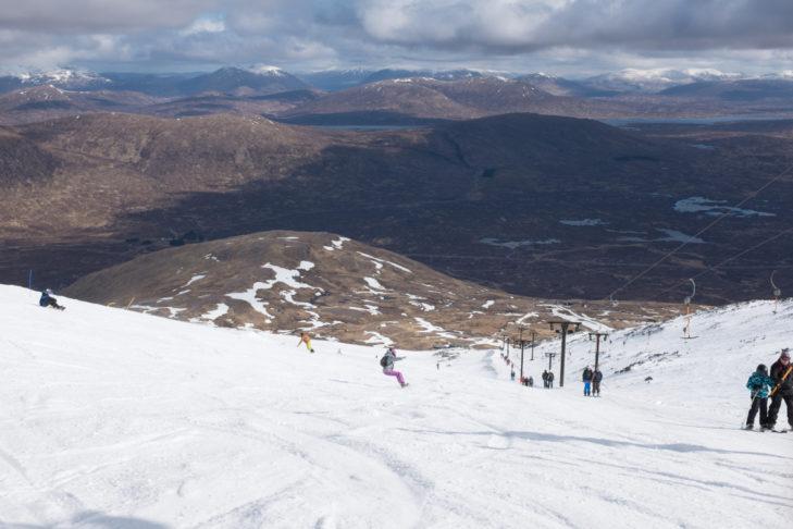 Im Skigebiet Glencoe erwarten Wintersportler weite Blicke über das schottische Hochland.