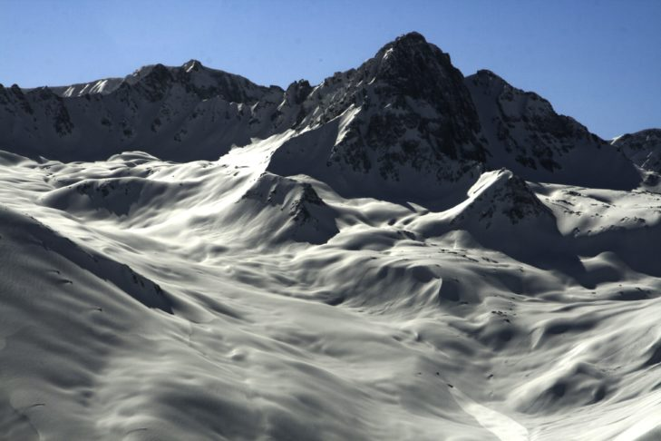Ein Traum in weiß im Skigebiet Gulmarg.