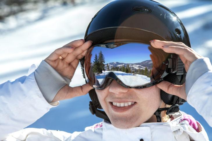 Skifahren Sicherheit Skihelm