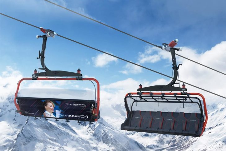 Skigebiet Ischgl: Sessel der neuen Palinkopfbahn mit den Musikstars der Top-of-the-Mountain-Konzerte.