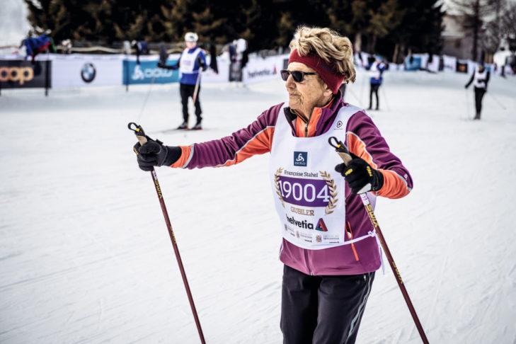 Top-fit: Françoise Stahel ist die älteste Teilnehmerin beim Engadiner Ski Marathon.