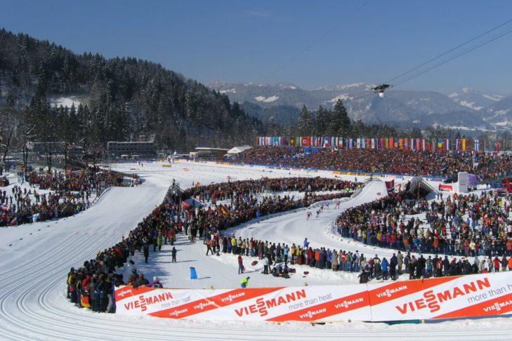 Langlauf-Arena in Oberstdorf während der Nordischen Ski-WM 2005.