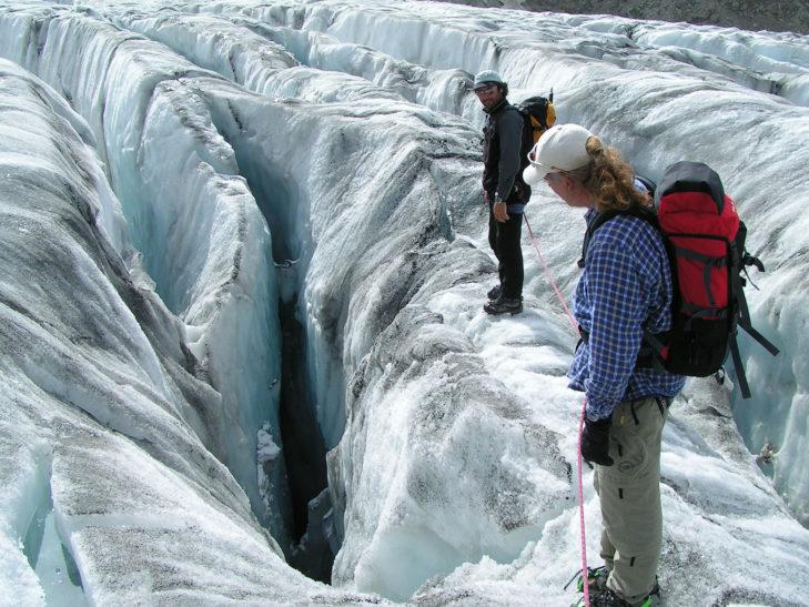 Das Abenteuer Gletscherspalte kann beginnen.