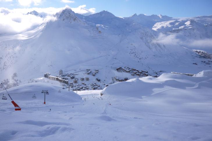 Im Skiverbund Tignes-Val d'Isère gibt es Pisten, soweit das Auge reicht.