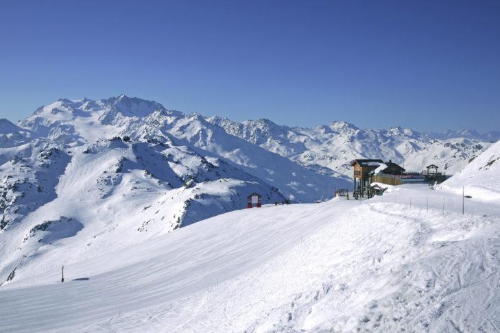 Im Skiverbund der Trois Vallées finden Wintersportler unzählige Pistenkilometer vor.