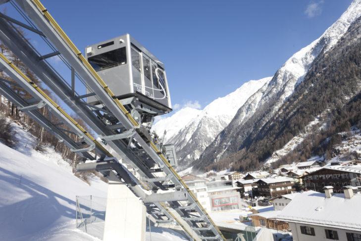 Zentrum Shuttle (c) Bergbahnen Sölden - Markus Geisler