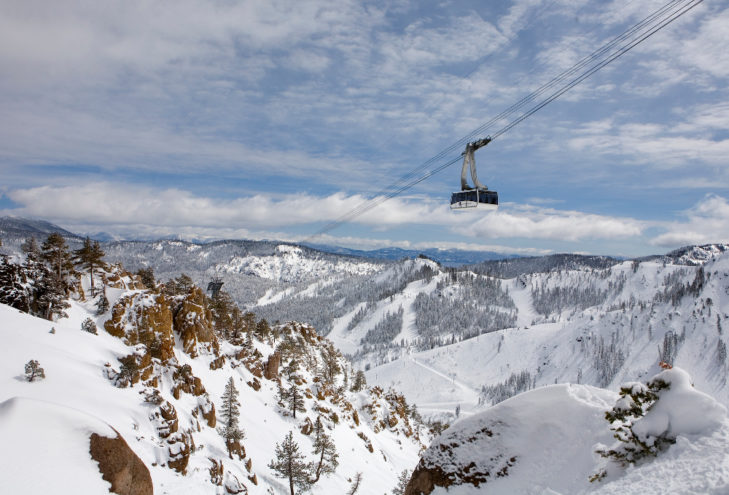 Squaw Valley mit Gondelbahn © Ryan Salm