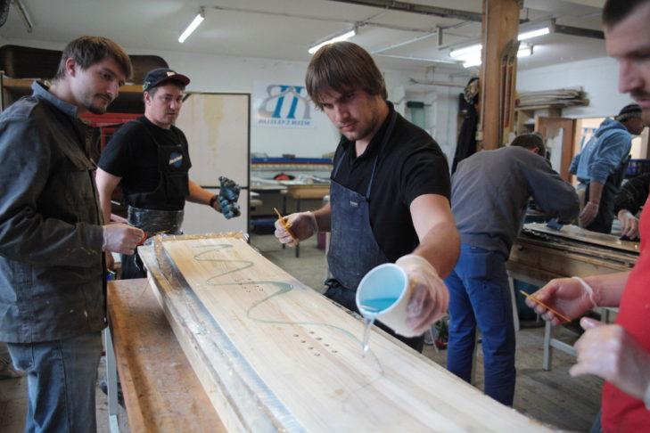 Ski selber bauen: Reges Treiben bei Build2Ride.