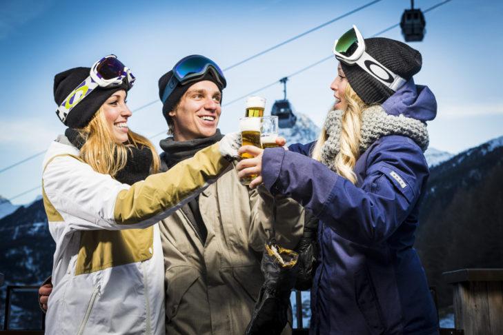 Die Wahrheit: Après-Ski-Party erst NACH dem Skifahren!