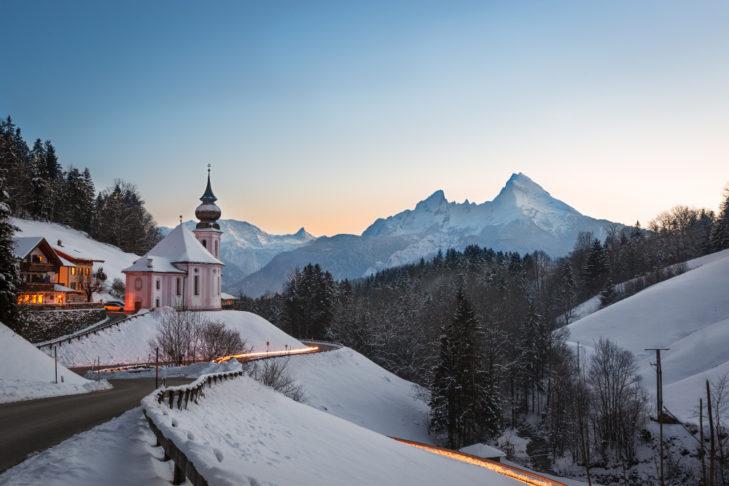 Berchtesgadener Land Wallfahrtskirche Maria Gern bei Berchtesgaden © Frank Fischbach - shutterstock.de