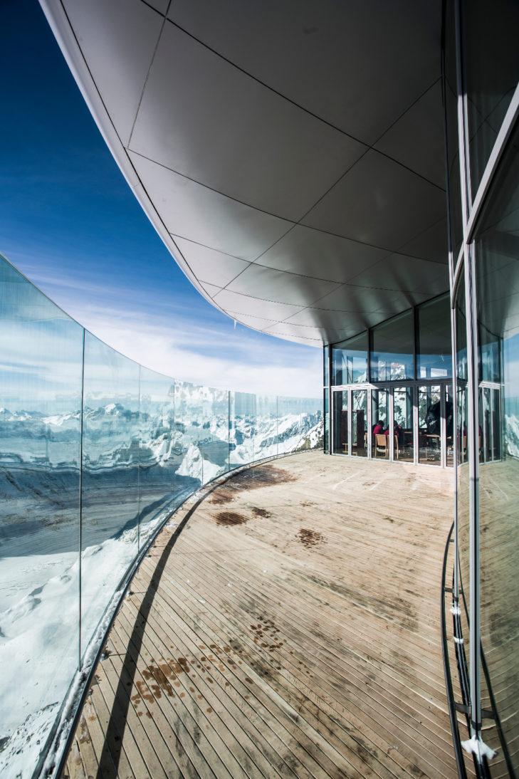 Café 3440 Außenterrasse © Pitztaler Gletscherbahn