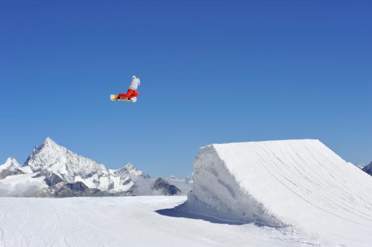 Skigebiet Zermatt: Kicker im Grafity Snowpark.