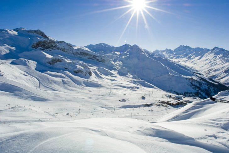 """Über die """"Schmugglerrunde"""" können Skifahrer in der Schweiz zollfrei einkaufen."""