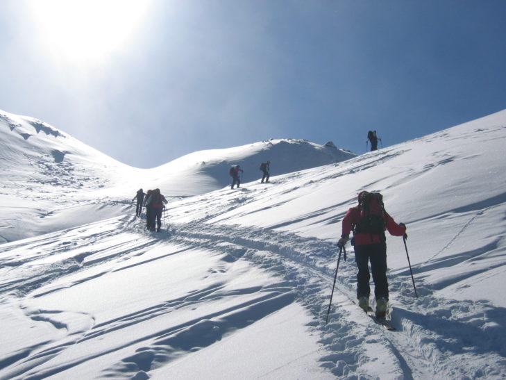 Auch eine gemütliche Skitour ist in der Silvretta Arena möglich.