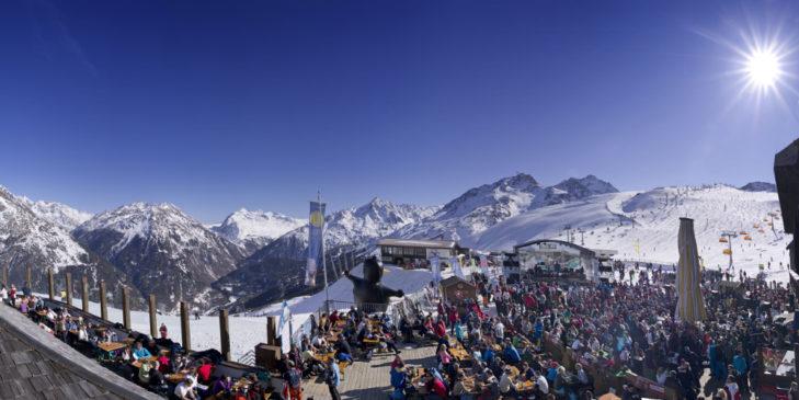 Am Giggijoch finden während die Saison immer wieder Konzerte und Partys statt.