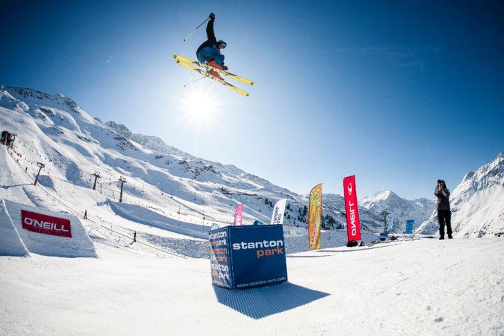 "Buchstabe ""F"" aus dem Skilexikon: Funpark."
