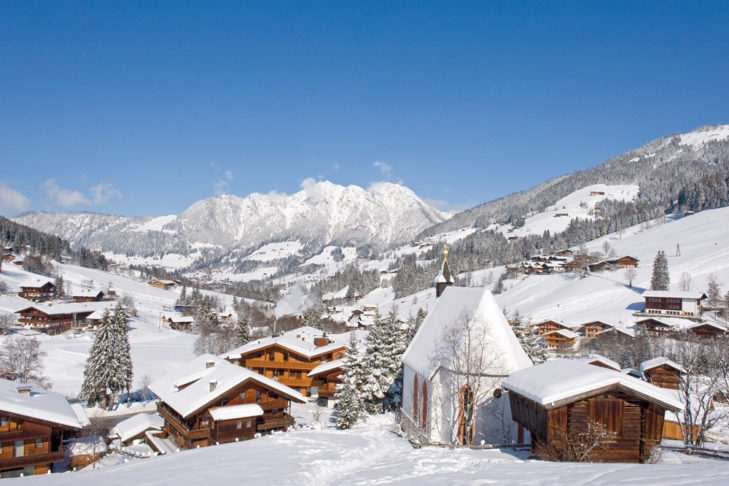 Solch idyllische Aussblicke wie hier auf Inneralpbach genießen Wanderer, Kutschfahrer und Rodler auf ihren Ausflügen.
