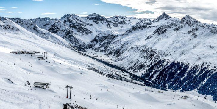 Skigebiet Davos Klosters: Die Kickerline im Jatz Park am Jakobshorn.