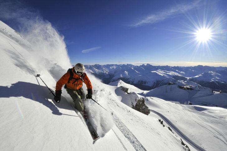 Powdern im Davos Klosters Mountains.