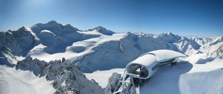 Die Bergstation der Wildspitzbahn am Pitztaler Gletscher.