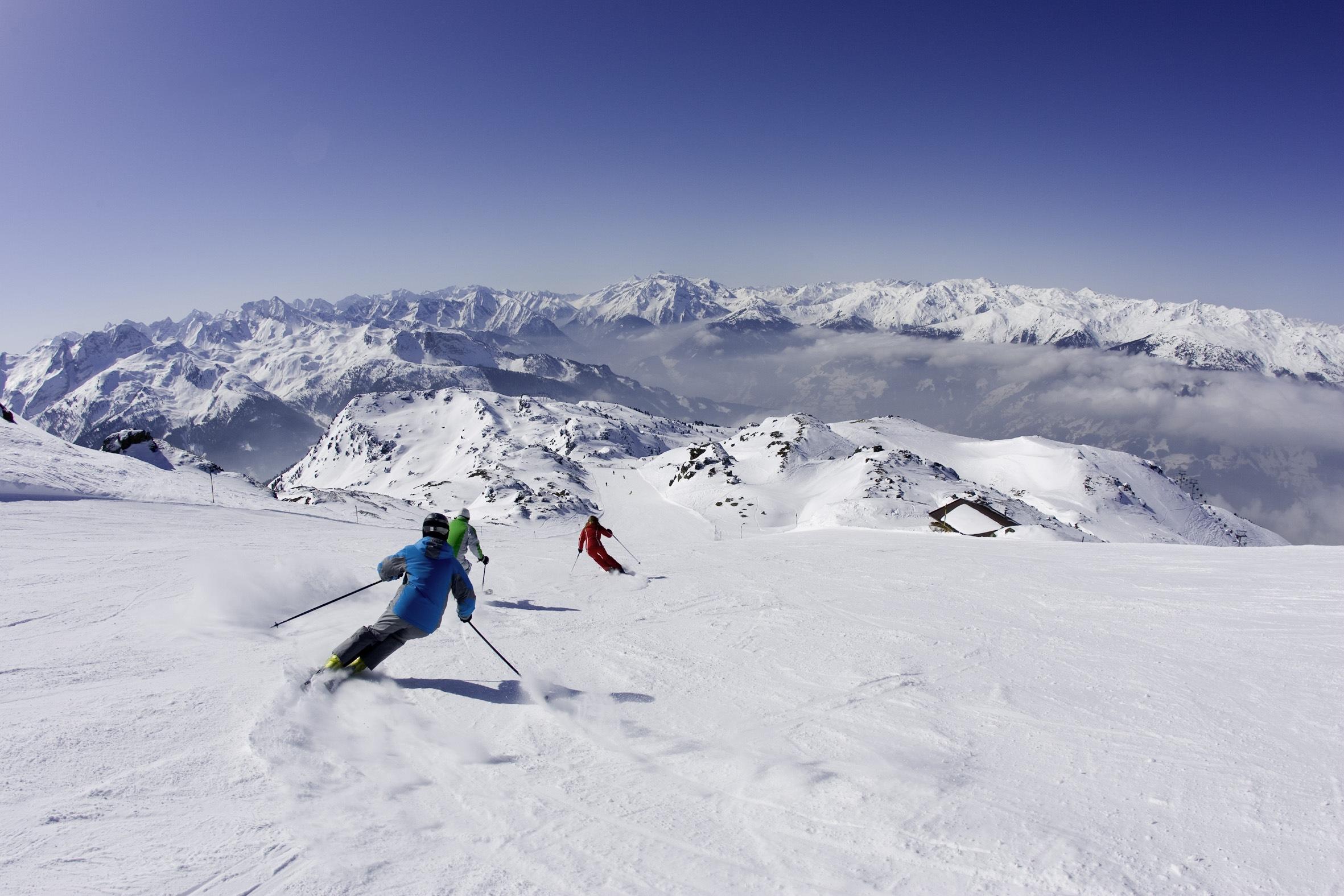 White Friday  24h Crazy Sale  bargain ski holidays  ski
