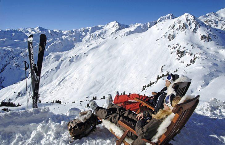 Für die Pausen im Skigebiet bieten sich zahlreiche Hütten an.