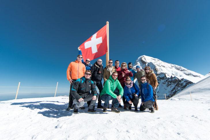 Die Truppe am Jungfraujoch, unweit der höchstgelegenen Bahnstation Europas,
