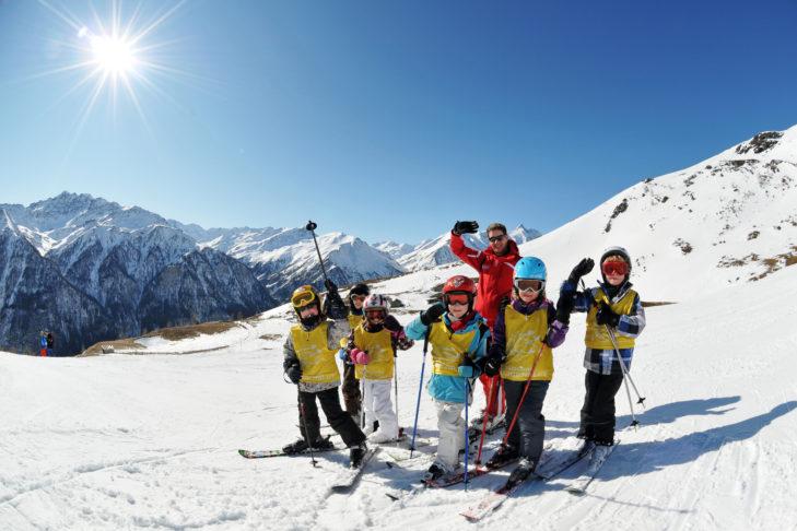 In einer der vielen Skischulen sind die Kinder bestens aufgehoben.