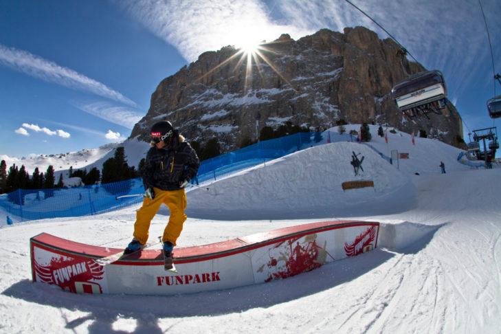 Der Snowpark auf der Seiser Alm bietet ein ansehnliches Setup.