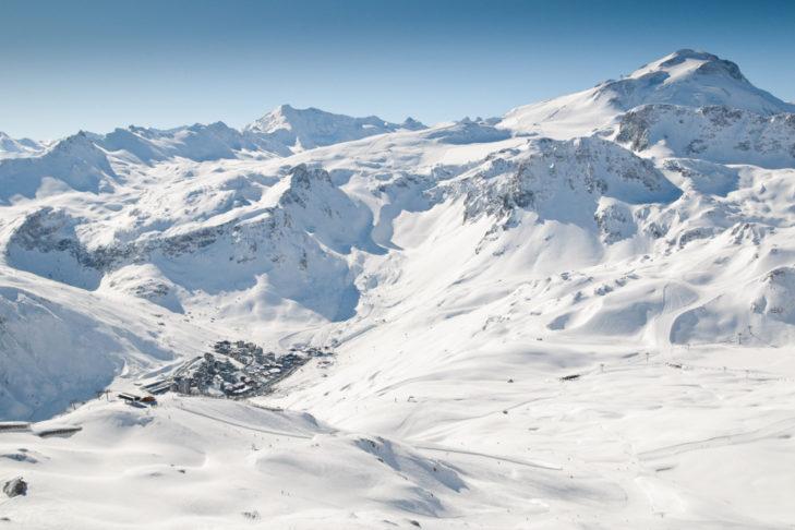 Die Skistation Tignes 2100 inmitten traumhafter Pisten.