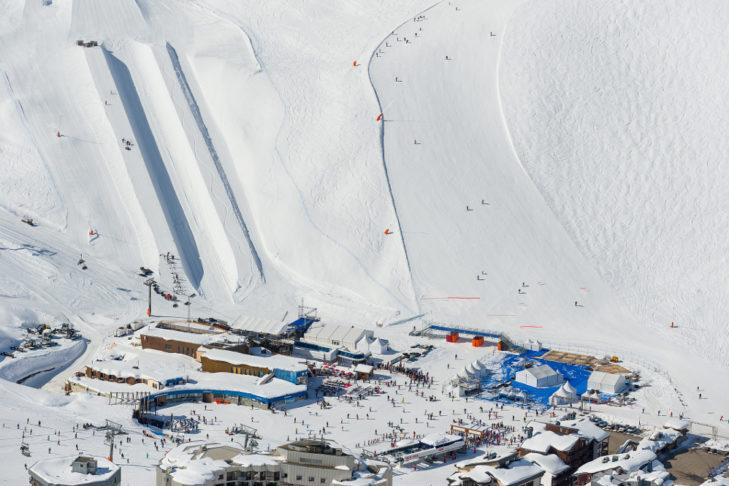 Nahe der Talstation in Val Claret befinden sich die Halfpipe und der Airbag.