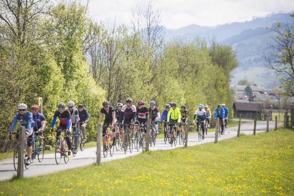Mit dem Rad durch die traumhafte Berglandschaft des Salzburger Landes.