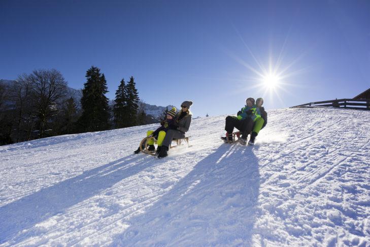Rodeln am Hausberg in Garmisch - Spaß im Skiurlaub für die ganze Familie!