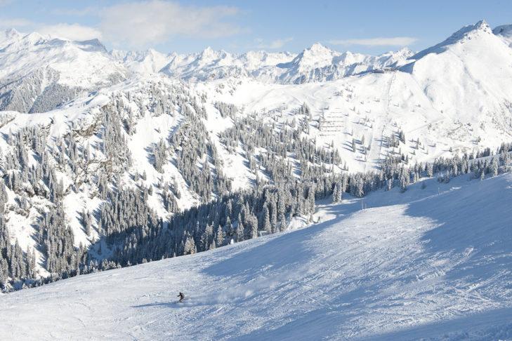 Auch lange, breite Abfahrten zeichnen das Skigebiet Silvretta Montafon aus.