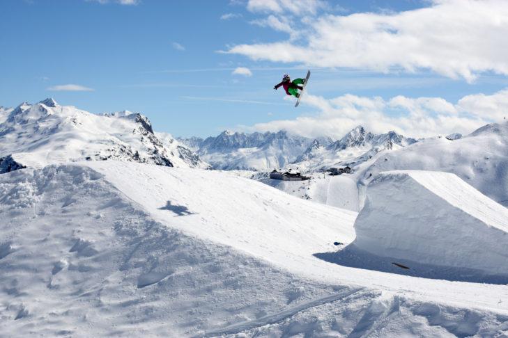 Kicker im Snowpark Montafon.