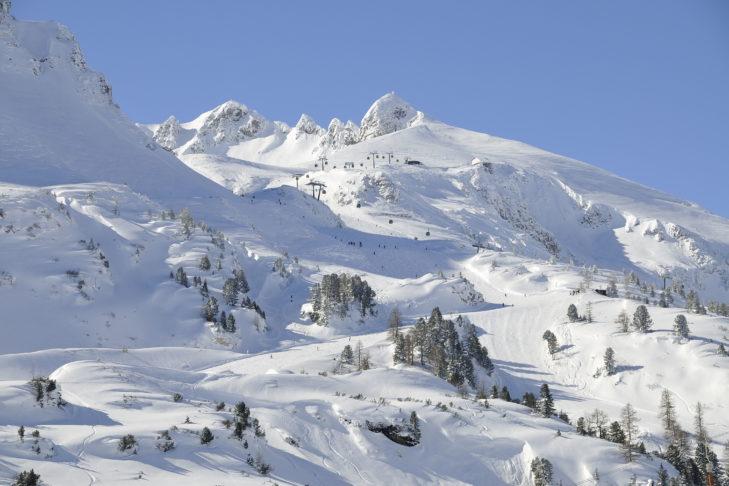 Weite Almen, toller Schnee. Skifahren in Obertauern macht einfach Spaß.