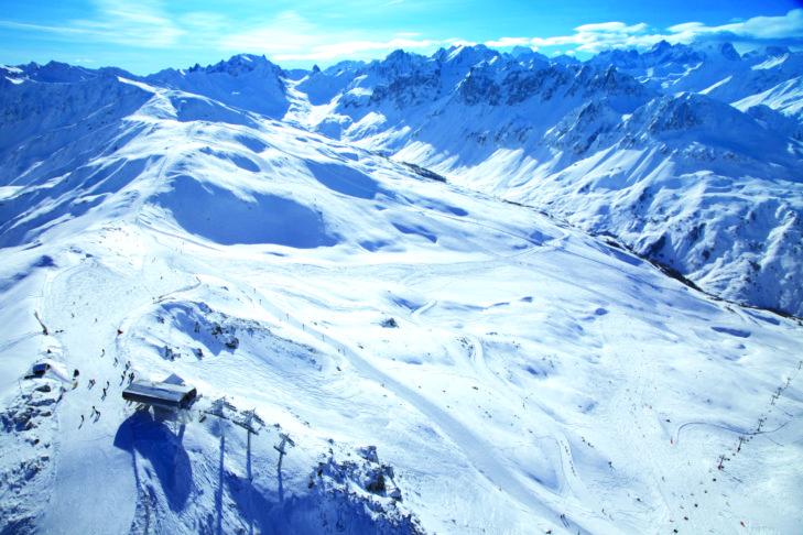 Die weitläufigen Pisten oberhalb von Valloire.