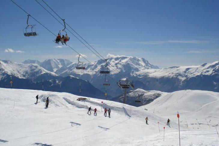 Das Skigebiet erstreckt sich bis auf 3.330 m Höhe.
