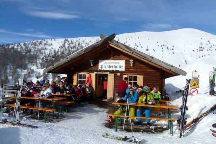Zur Einkehr im Eisacktal lädt unter anderem die Pichlerhütte ein.