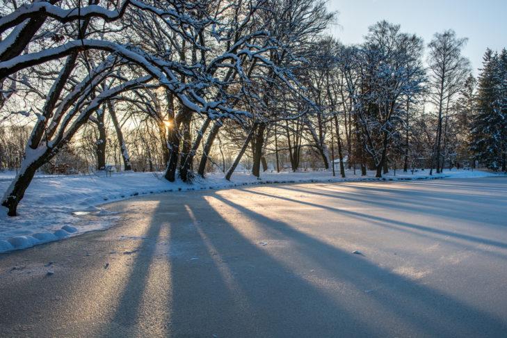 Die wunderschöne Winterlandschaft rund um Bad Aibling bietet sich für Winterwanderungen und Spaziergänge an.