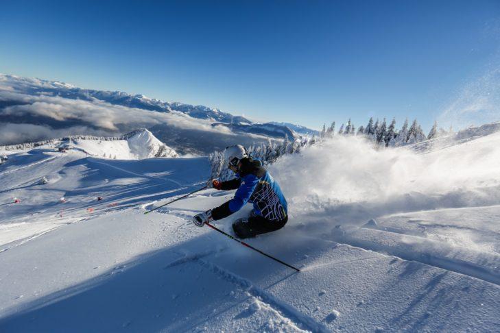 Das Skigebiet Monte Bondone wartet mit breiten Pisten auf die Wintersportler.