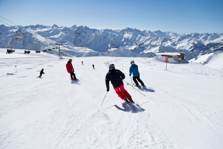 Genusswedeln vor Traumpanorama im Skigebiet Oberstdorf & Kleinwalsertal.