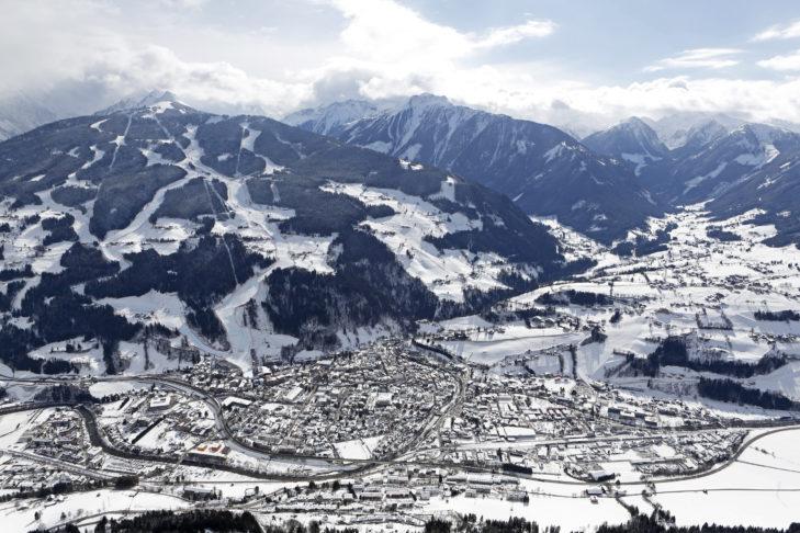 Luftaufnahme von Schladming.
