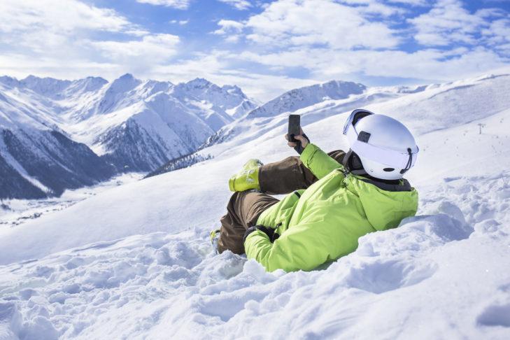 Auch für die Piste gibt es mittlerweile viele praktische Ski-Apps.