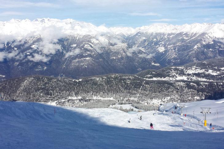Pistenpanorama im Skigebiet Aprica.