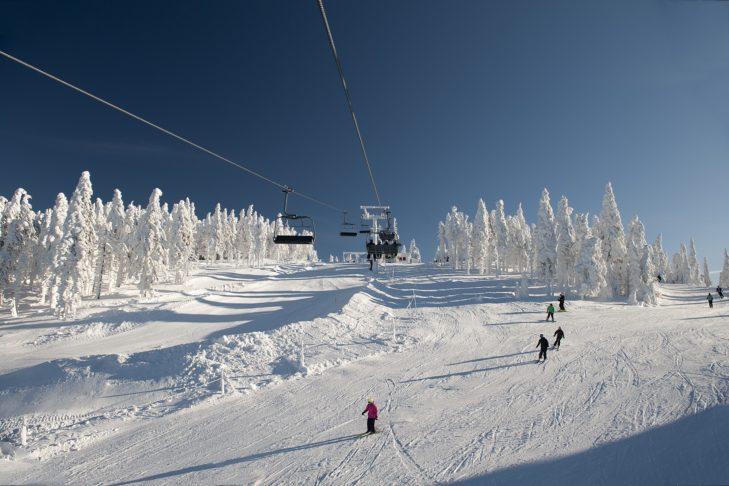Gut überschaubar, schneereich, sonnig - das Skigebiet Hochficht.
