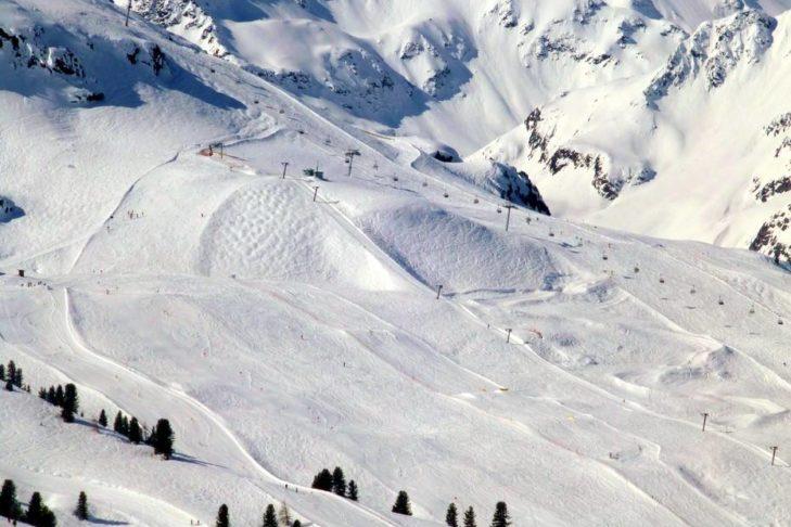 Skiregion Kühtai-Hochoetz: Breite Pisten, die sich ideal für Familien eignen.