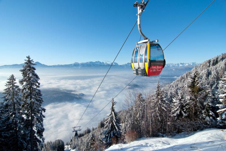Gondelbahn zur Kanzelhöhe im Skigebiet Gerlitzen.
